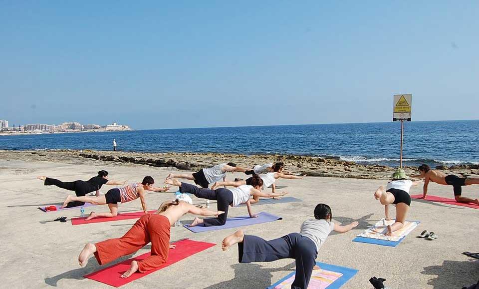 beach_fit_yoga